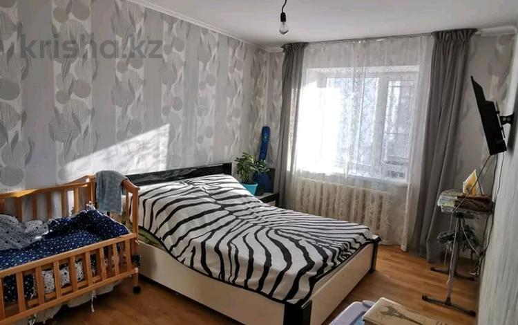 2-комнатная квартира, 60 м², 4/9 этаж, улица Кенена Азербаева за 16.5 млн 〒 в Нур-Султане (Астана)
