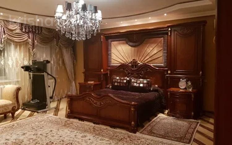 7-комнатный дом, 450 м², 10 сот., Микрорайон Юго-Восток (левая сторона) за 200 млн 〒 в Нур-Султане (Астана), Алматы р-н