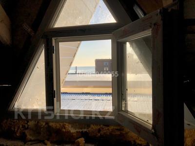 5-комнатный дом, 280 м², 3.3 сот., Ул.Майская 9/3 за 25 млн 〒 в Приморском