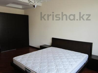 4-комнатная квартира, 135 м², Навои за 60.5 млн 〒 в Алматы, Бостандыкский р-н