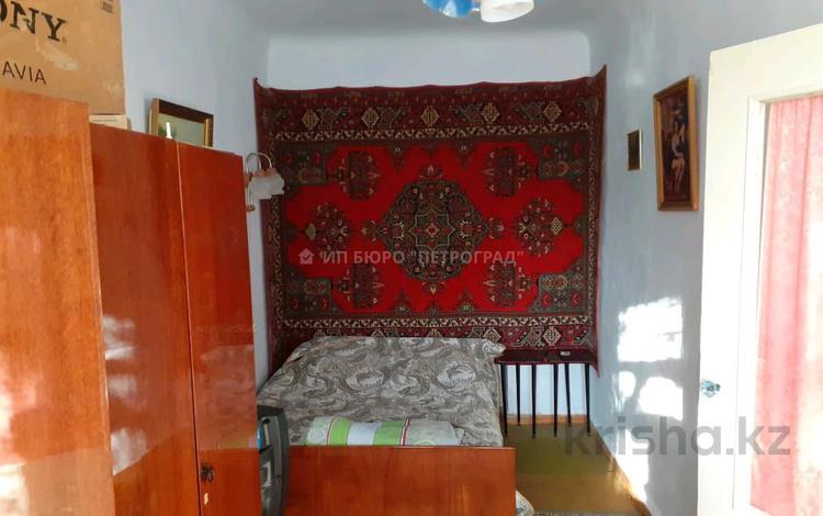 2-комнатная квартира, 42 м², 1/4 этаж, улица Букетова 2 за 10.8 млн 〒 в Петропавловске