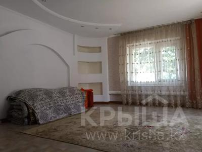 6-комнатный дом, 130 м², 9 сот., Тукая 59 — Найманбаева за 25 млн 〒 в Семее — фото 12