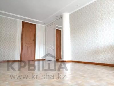6-комнатный дом, 130 м², 9 сот., Тукая 59 — Найманбаева за 25 млн 〒 в Семее — фото 15