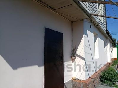6-комнатный дом, 130 м², 9 сот., Тукая 59 — Найманбаева за 25 млн 〒 в Семее — фото 4