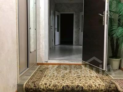 9-комнатный дом, 400 м², Кирова улц: Аккол 11 за 33 млн 〒 в Таразе — фото 6