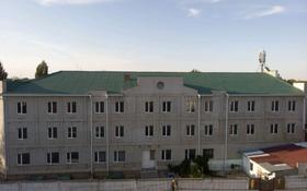 Здание, площадью 4500 м², Некрасова 57 за 350 млн 〒 в Уральске