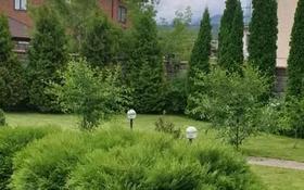 6-комнатный дом помесячно, 650 м², 14 сот., Хан Тенгри за 900 000 〒 в Алматы, Бостандыкский р-н