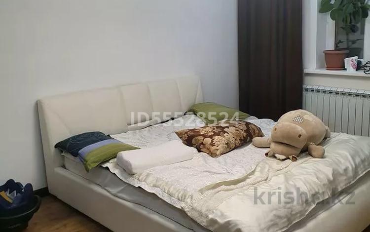 3-комнатная квартира, 120 м², 15/17 этаж помесячно, Кенесары 52 — Валиханова за 230 000 〒 в Нур-Султане (Астана), р-н Байконур