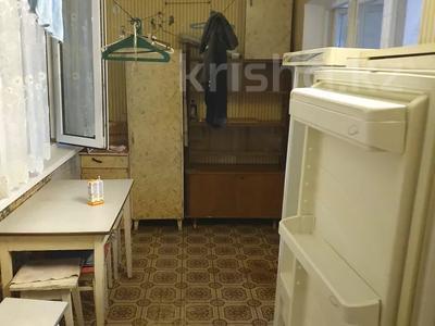 3-комнатная квартира, 58 м², 3/5 этаж помесячно, Аскарова 34 за 68 000 〒 в Шымкенте, Аль-Фарабийский р-н — фото 2