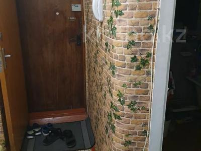 3-комнатная квартира, 58 м², 3/5 этаж помесячно, Аскарова 34 за 68 000 〒 в Шымкенте, Аль-Фарабийский р-н — фото 3