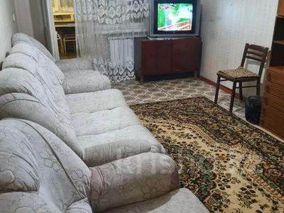 3-комнатная квартира, 58 м², 3/5 этаж помесячно, Аскарова 34 за 68 000 〒 в Шымкенте, Аль-Фарабийский р-н