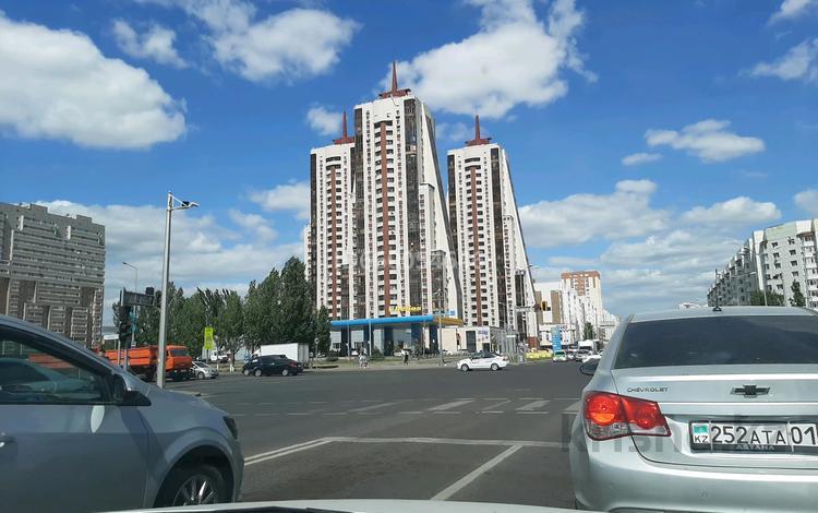 2-комнатная квартира, 54 м², 8/24 этаж, Момышулы 11 за 16.3 млн 〒 в Нур-Султане (Астана), Алматы р-н