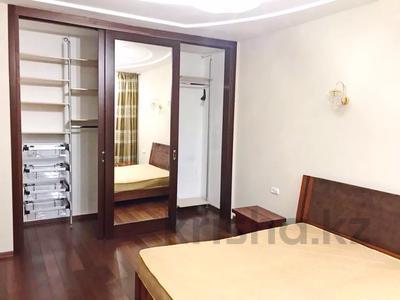 5-комнатная квартира, 263 м², 3/4 этаж помесячно, мкр Мирас 54 — Дулати за 700 000 〒 в Алматы, Бостандыкский р-н