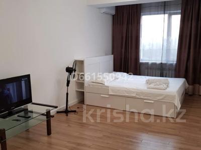 1-комнатная квартира, 30 м², 10/12 этаж посуточно, Шевченко 85 за 10 000 〒 в Алматы