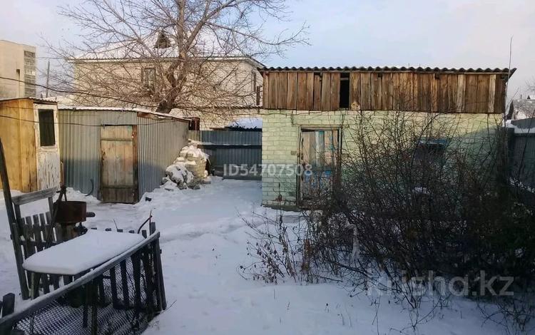 2-комнатный дом, 40 м², 3 сот., улица Шевченко 60 за 4.5 млн 〒 в Семее