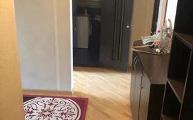 2-комнатная квартира, 60 м², 4/5 этаж помесячно, мкр Аксай-3А, Мкр Аксай-3А 73 за 100 000 〒 в Алматы, Ауэзовский р-н