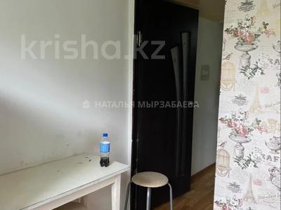 1-комнатная квартира, 33 м², 2/4 этаж, мкр №8 за 16 млн 〒 в Алматы, Ауэзовский р-н