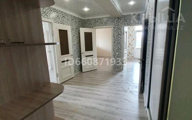 2-комнатная квартира, 61 м², 3/4 этаж, 3-й микрорайон 34 за 11 млн 〒 в Жанаозен