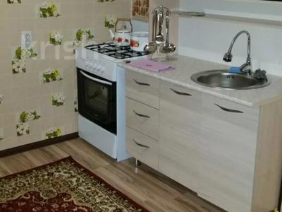 2-комнатная квартира, 60 м², 3/5 этаж посуточно, Тамерлановское шоссе — Желтоксан за 10 000 〒 в Шымкенте — фото 5