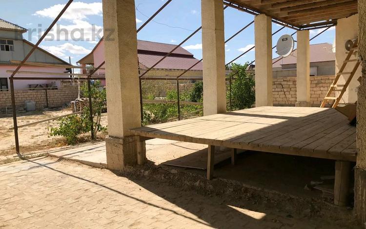 4-комнатный дом, 136 м², 10 сот., Рахат 3 22 за 12 млн 〒 в Жанаозен
