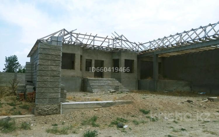 6-комнатный дом, 220 м², 10 сот., Крупской 21 — 3-и пер . Крупской за 20.8 млн 〒 в Таразе