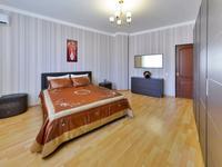 2-комнатная квартира, 90 м², 8/12 этаж посуточно, Достык 13 за 16 000 〒 в Нур-Султане (Астана), Есиль р-н