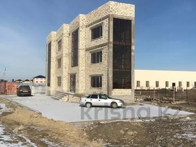 Здание, площадью 454 м², мкр Самал, 16-я улица 2а за 130 млн 〒 в Атырау, мкр Самал — фото 7