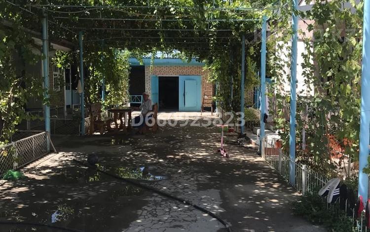 9-комнатный дом, 120 м², 12 сот., Малдыбеков 27 — Дайрашев за 30 млн 〒 в Жетысае