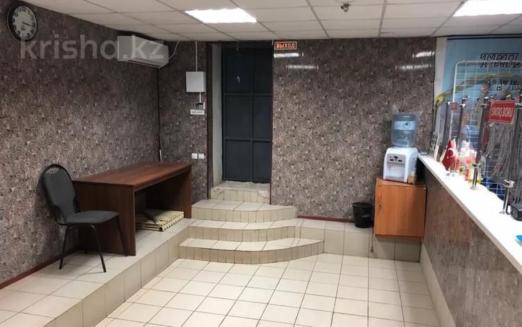 Магазин площадью 265 м², Сатпаева 11 — Рыскулова за 13.5 млн 〒 в Актобе, Новый город