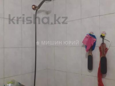 1-комнатная квартира, 33 м², 4/5 этаж, мкр Тастак-3 — Туркебаева за 11 млн 〒 в Алматы, Алмалинский р-н — фото 8