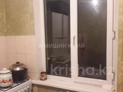 1-комнатная квартира, 33 м², 4/5 этаж, мкр Тастак-3 — Туркебаева за 11 млн 〒 в Алматы, Алмалинский р-н — фото 3