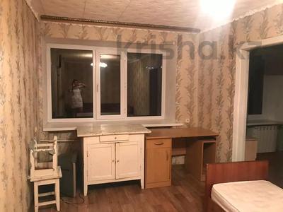 2-комнатная квартира, 38 м², 2/4 этаж помесячно, улица Байтурсынова 55 за 80 000 〒 в Костанае