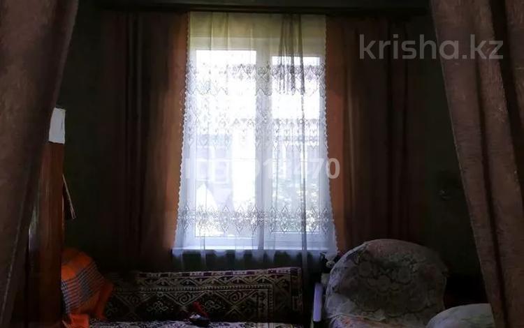 3-комнатный дом, 58 м², 1.8 сот., мкр Рахат 6 — Аскарова .музбалак за 15 млн 〒 в Алматы, Наурызбайский р-н