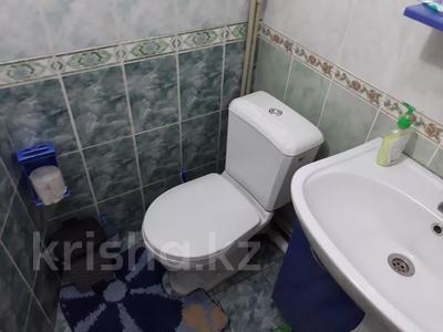 3-комнатная квартира, 60 м², 1/5 этаж, улица Жарылкапова — Ерубаев за 12.5 млн 〒 в Туркестане — фото 2