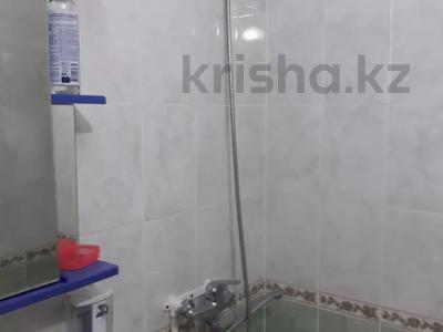 3-комнатная квартира, 60 м², 1/5 этаж, улица Жарылкапова — Ерубаев за 12.5 млн 〒 в Туркестане — фото 3