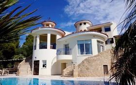 10-комнатный дом, 340 м², 20 сот., Камарес Вилледж, Пафос за 693 млн 〒