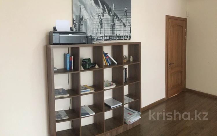 9-комнатный дом помесячно, 400 м², 9 сот., ВОАД — Толеби за 750 000 〒 в Алматы, Медеуский р-н