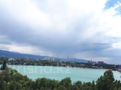 3-комнатная квартира, 90 м², 14/21 этаж посуточно, Толе би 286/6 — Тлендиева за 10 000 〒 в Алматы — фото 14