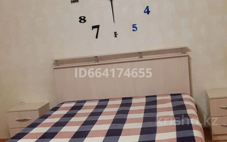 1-комнатная квартира, 45 м² посуточно, 5-й микрорайон 10А за 7 000 〒 в Костанае