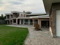 6-комнатный дом, 700 м², 30 сот.
