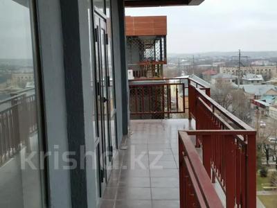 6-комнатная квартира, 300 м², 5/6 этаж, Маметовой 89 — Ташенова за 70 млн 〒 в Шымкенте, Аль-Фарабийский р-н — фото 13