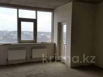 6-комнатная квартира, 300 м², 5/6 этаж, Маметовой 89 — Ташенова за 70 млн 〒 в Шымкенте, Аль-Фарабийский р-н — фото 17