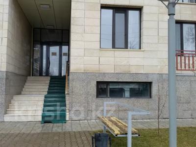 6-комнатная квартира, 300 м², 5/6 этаж, Маметовой 89 — Ташенова за 70 млн 〒 в Шымкенте, Аль-Фарабийский р-н — фото 2