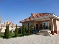6-комнатный дом, 210 м², 8 сот., Косаева 22 за 47 млн 〒 в