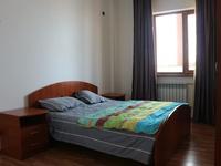 2-комнатная квартира, 78 м², 7/9 этаж помесячно