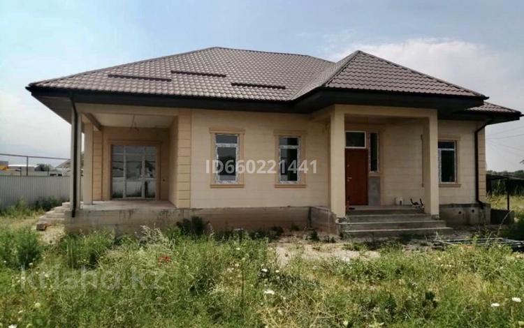 4-комнатный дом, 155 м², 8.7 сот., Алатауская трасса за 35.5 млн 〒 в Туздыбастау (Калинино)