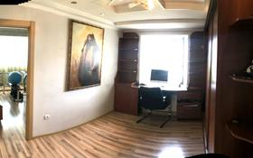 4-комнатная квартира, 88 м², 8/9 этаж, мкр Юго-Восток, Проспект Республики. 4 за 25.8 млн 〒 в Караганде, Казыбек би р-н