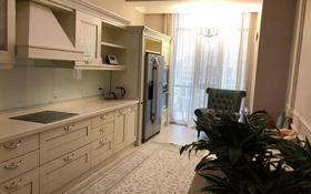 3-комнатная квартира, 126 м², 8/9 этаж помесячно, Мангилик Ел 28 за 300 000 〒 в Нур-Султане (Астана), Есиль р-н