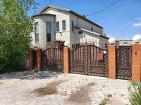 6-комнатный дом, 370 м², 10 сот., мкр Кунгей за 44 млн 〒 в Караганде, Казыбек би р-н