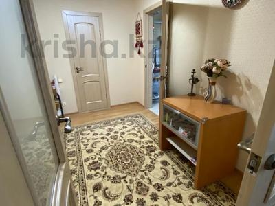 4-комнатная квартира, 107 м², 5/6 этаж, Алии Молдагуловой за 28.8 млн 〒 в Уральске — фото 6